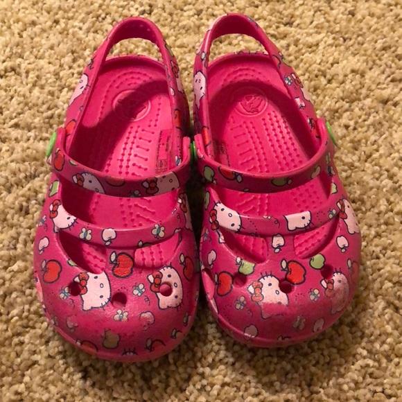 f677c93e683c0d CROCS Other - Girls Hello Kitty Crocs